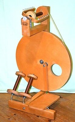 Beautiful Louet S10 Spinning Wheel In Perfect Working Order
