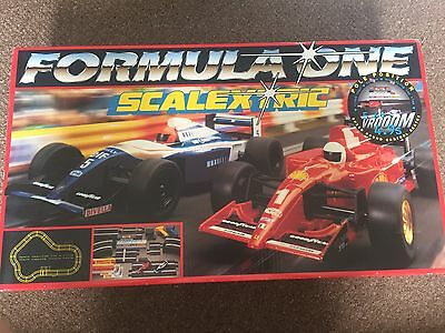 Rare Scalextric Formula One - Complete Set - C1007 - Great Condition !