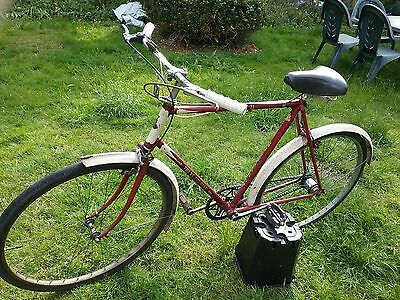 Vintage raleigh trent tourist 3 speed, bike, bicycle. Antique cycle
