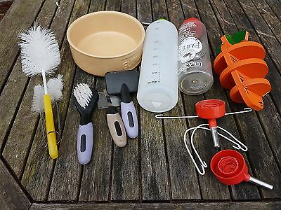 guinea pig dish and  brushes