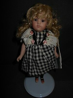 "Jeannie Di Mauro 7.5"" Bisque Doll ""Hannah"", 165/2500 pieces, MINT"