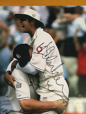 2005 Michael Vaughan Signed Photo celebrating with A Flintoff winning 2nd test