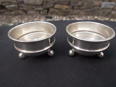 Pair Edwardian Sterling Hallmarked Silver Salts 1905 On 3 Ball Feet 26 Grams