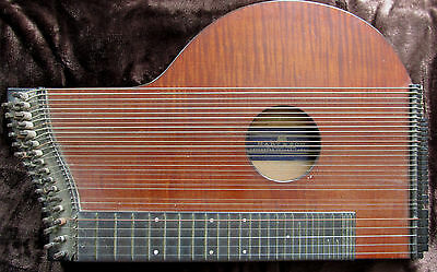 Bavarian Zither Hart and Son label G Tiefenbruner Munich makers mark