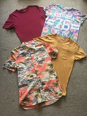 Selection Of Men's T Shirts Size Small. NEXT And RIVER ISLAND