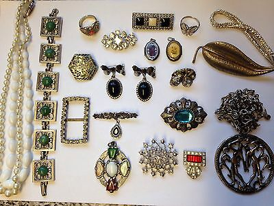 Vintage Jewellery Silver Tone Lot, Brooches, Pendant, Necklace Ect