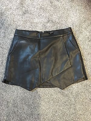 Ladies Lined Forever 21 Black Faux Leather Mini  Skirt Hardly Worn Size Med