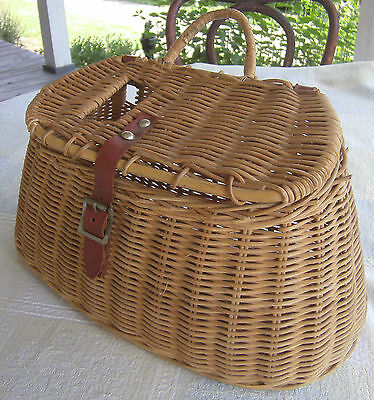 Vintage Wicker Fishing Creel Fish Basket