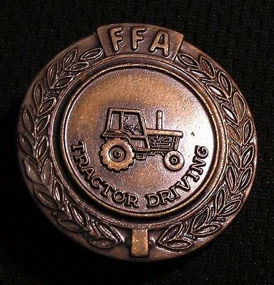 VINTAGE FFA TRACTOR DRIVING MEDAL PIN - Future Farmers of America - Agriculture