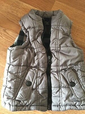 Sovereign Code 2t Plaid Gray Puffy Vest