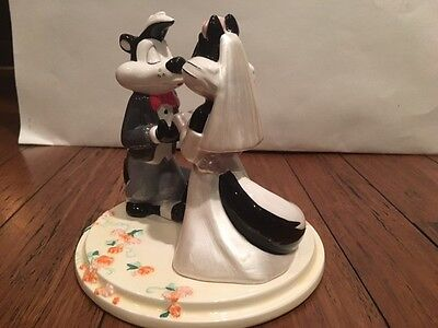 "Warner Bros. Pepe Le Pew & Penelope ""Fifi"" Ceramic Wedding Cake Topper, Sweet!!"