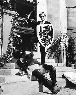 David Mccallum In Man From Uncle   8X10 Photo 8-2