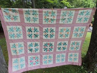 BEAUTIFUL VINTAGE QUILT TOP ~ROSE WREATH~80 x 100~Pink & Green