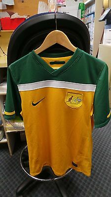 SOCCER JERSEY AUSTRALIA - GREEN AND GOLD by NIKE - SIZE S