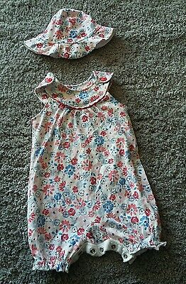 Baby girl summer outfit romper and hat 3-6m