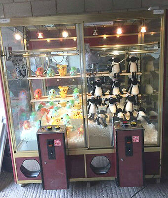 TWIN GRABBING TEDDY MACHINE - GRABBER CLAW ARCADE - Coin Operated
