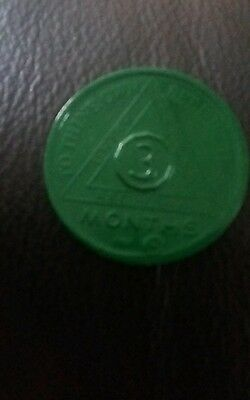 Alcoholics anonymous sobriety green coin 3 months