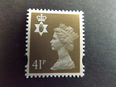 GB QEII Northern Ireland SG NI76 41p Grey-Brown 2B Regional Definitive Stamp MNH
