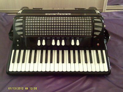 Excelsior 320 Piano Accordion With Midi