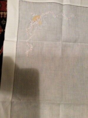 Vintage White Linen Embroidered Tablecloth At 4Corners With4 Napkins.