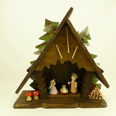 """Vintage Miniature Wood Nativity Creche Scene Made in Italy 6"""" Tall"""