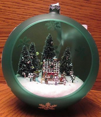 Mr. Christmas Sparkling Scene Ornament Battery Operated w/Box