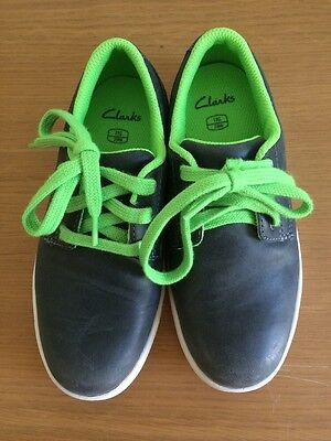 Boys Clarks Shoes Grey & Green Laces 11 G Brand New