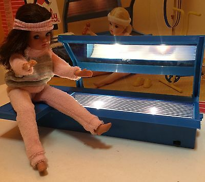 Pedigree Sindy Scenesetter Keeping Fit With Working Sun Bed