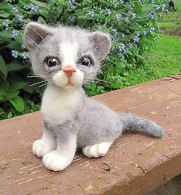 """Unusual Toy,Cat """"Miki"""",Felting.ONLY ONE.OOAK."""
