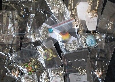 Job lot of 16 Costume Necklaces. Clearance, market stall, car boot. NEW