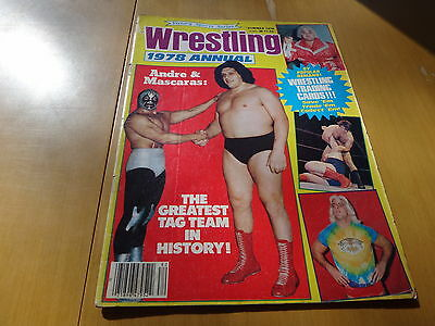 Victory Sports Series Wrestling 1978 magazine with rare wrestling trading cards