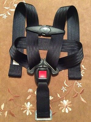 Britax B Safe 30 Infant Baby Car Seat Belt Straps Harness Chest Clip Black