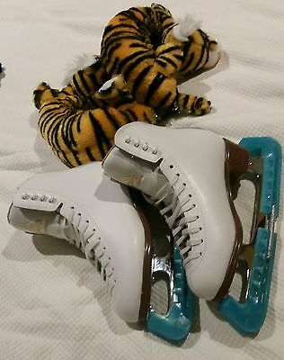Jackson Mystique Ice Skates with blade guards and soakers
