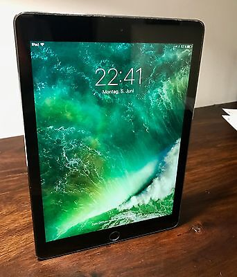 Apple iPad Air  Wi-Fi 128GB - Spacegrau - wie neu