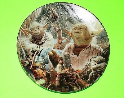 Star Wars Yoda Heroes And Villans Collector Plate With Box NEW