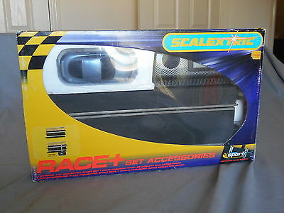 Scalextric Race+ Lap Counter & Car Accessory Set