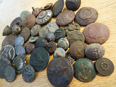 "ELK"" COLLECTION of OLD BUTTONS inc DECORATED types Detecting FINDS fm Norfolk"