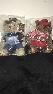 easyjet cowgirl Lily and cowboy Gulliver bears