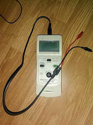 ISO-TECH ILC-421 Voltage and Current Calibrator