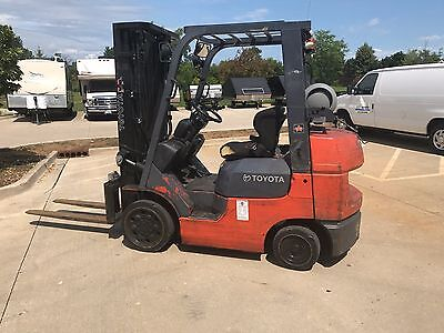 2006 Toyota LPG 5000 Pound Forklift-WE WILL SHIP-Lifts over 15 feet-S/S-SAVE $$$