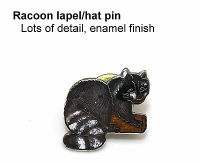 RACCOON Shiny enamel lapel/hat pin Collectible
