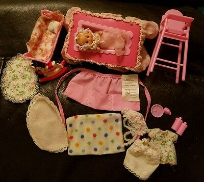 Rare Barbie Baby-Sits Doll & Accessories Vintage 1974 Mattel