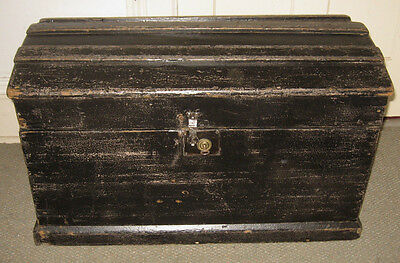 Antique Steamer Trunk Vintage Rustic Wooden Painted Immigrants Chest C1850 W/key