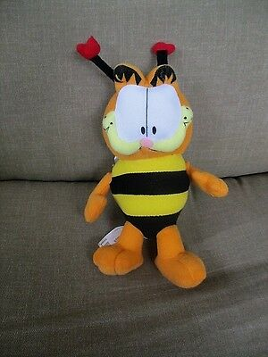 "Paws/ GARFIELD the Cat as Bumble Bee 7"" Plush  with Heart Antennas on HeadGO"