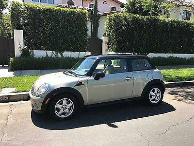 2008 Mini Cooper  2008 Mini Cooper (Well-Maintained, Clean Title & Low Millage)