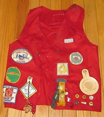 Vintage 1970's Red Felt Cub Scout  Vest-- Many patches from the 1970's   NR!!