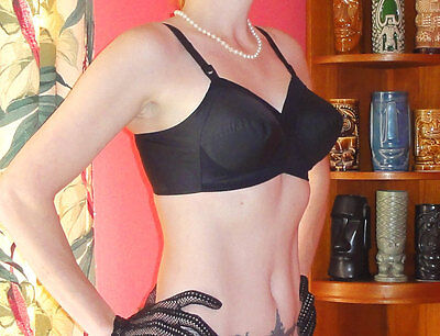 Vintage Black Exquisite Form Bullet Bra 40 B pin up clothing girl 1950's retro