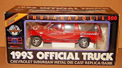 1993 Indianapolis 500 Official Truck Chevy Suburban FIRE ENGINE RED Diecast MIB