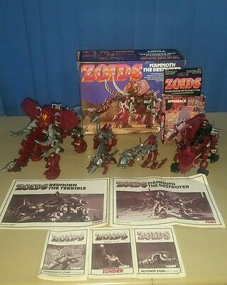 Red Zoids Mammoth Red Horn & 4 small Zoids
