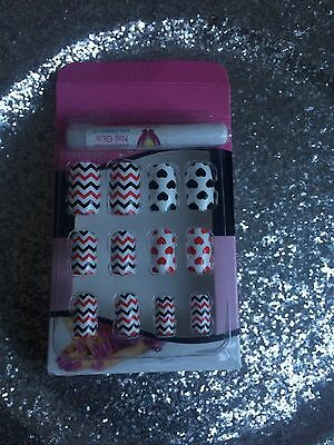 Kit Faux Ongles Nail Art 12 Capsules Pret A Poser + Colle Deco Fantaisie Fashion